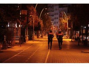 Sokağa çıkma yasağına uymayan 76 kişiye 76 bin 325 lira ceza