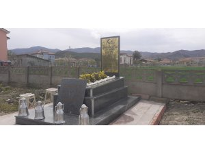 Kurtuluş Savaşı kahramanı için anıt mezar yapıldı