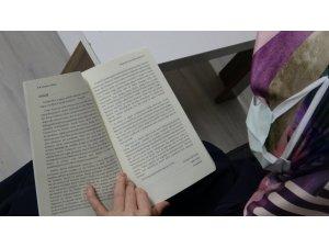 Uzman hemşire, sağlık bakım sisteminde manevi bakımın önemini anlatan kitap yazdı