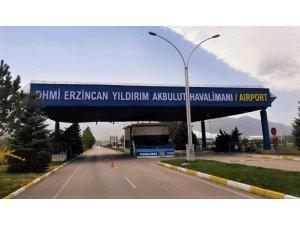 """Erzincan Havalimanı'nın adı """"Yıldırım Akbulut"""" oldu"""