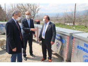 Tosya'nın köylerine çöp konteyneri dağıtımı sürüyor