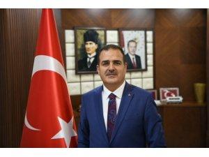 Vali Akbıyık'tan Hakkari'nin kurtuluş yıl dönümü mesajı