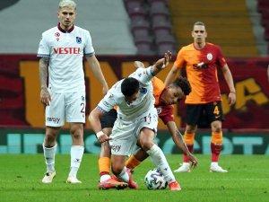 Süper Lig: Galatasaray: 1 - Trabzonspor: 1 (Maç sonucu)