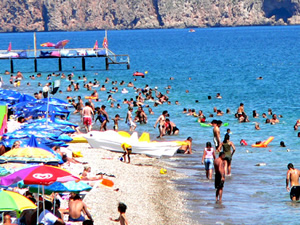 Ramazan'ın gelmesi plajları etkilemedi