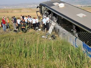 Ankara'da kan donduran kaza 1 ölü, 28 yaralı