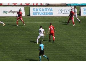 2. Lig: Sakaryaspor: 3 - Kardemir Karabükspor: 1