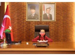 """Nevşehir'in çocuk Valisi: """"Maske, mesafe, temizlik kuralına uyunuz"""""""