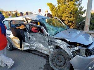 Sakarya'da kavşakta kaza: 1 ölü, 3 yaralı