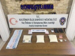 Başkent'te uyuşturucu ticareti yapan 2 kardeş otel odasında yakalandı