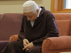 Gülen'den mesaj var:Tövbe edelim!