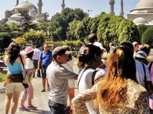 İstanbul'un turist sayısı ilk 6 ayda tavan yaptı