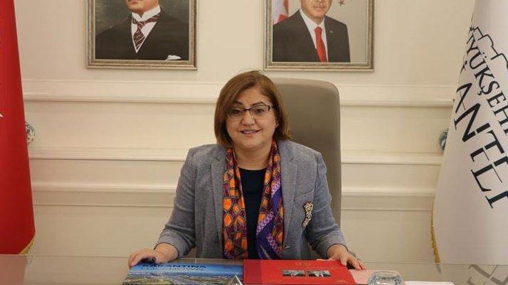 AKP'li Gaziantep Büyükşehir Belediyesi'nden skandal kitap ihalesi