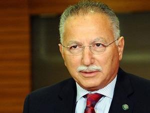 Ekmeleddin İhsanoğlu Türk Solu Dergisi ile poz verdi!