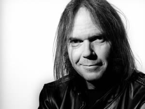 Neil Young 15 temmuz'da İstanbul da