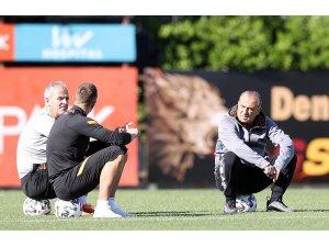 Galatasaray'da Etebo takımla birlikte çalıştı