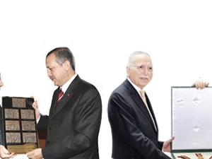 Erdoğan ve İhsanoğlu arasındaki o fark çok konuşulacak