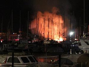 Fenerbahçe Marina'da yangın
