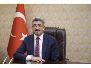 Van Valisi Bilmez'den Ramazan Bayramı mesajı