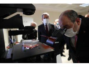 """Bakan Varank: """"(Adenovirüs temelli aşı adayı)Daha etkin olacağını düşünüyoruz"""""""