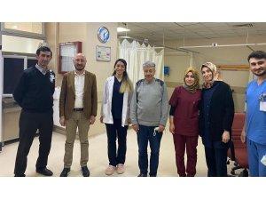 Dr. Erdem Günaydın sağlık çalışanlarını yalnız bırakmadı