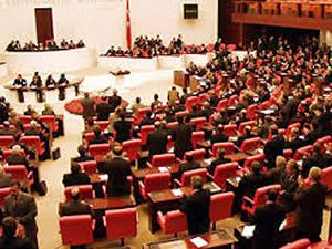 Meclis'te 100 yasa birden değişiyor!