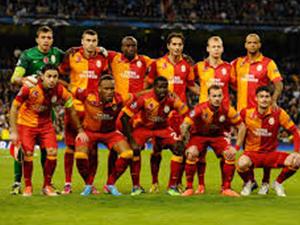 Galatasaray'da Devler Ligi öncesi kadro telaşı !