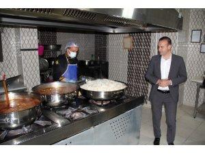 Ağrı'da 13 bin ihtiyaç sahibi aileye sıcak yemek ulaştırıldı