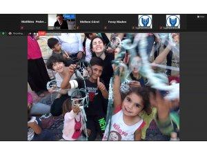 İzmir'de uluslararası 'Sınırları Yıkmak' temalı Tasarım Festivaline yoğun ilgi