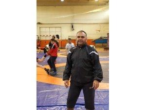 İzmit Belediyesporlu Erdinç milli takım kampına katıldı