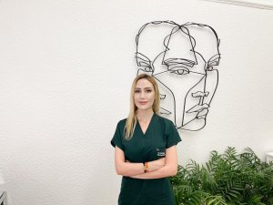 Dermatoloji Uzmanı Dr. Elif Benar: