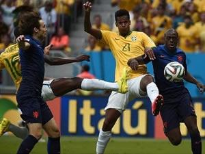 Brezilya'ya bir darbede Portakallardan!