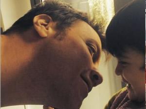Sinan Akçıl, Ebru Şallı'nın oğlu Pars ile fotoğrafını paylaştı