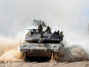 İsrail bayram dinlemedi savaş açtı !