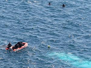 Ayvalık açıklarında kaçakları taşıyan sandal battı: 4 ölü, 1 kayıp