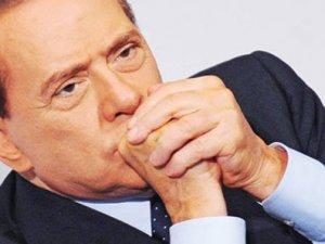İtalya'nın eski Başkanı Berlusconi beraat etti