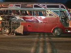 Kenya'da yolcu otobüse saldırı: 5 ölü