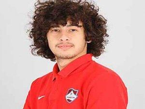 Trabzonspor'lu futbolcu beyin kanaması geçirdi