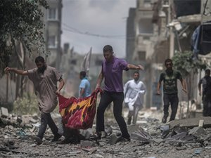 Sokaklar kan içinde Gazze ağlıyor!