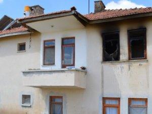 Çubuk'taki yangın paniğe yol açtı