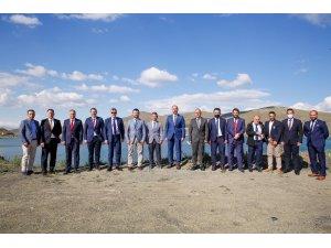 Gençlik ve Spor Bakanlığı heyetinden Rektör Türkmen'e ziyaret