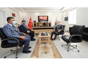 Vali Varol'dan Sosyal Yardımlaşma ve Dayanışma Vakfı Personeline Teşekkür Belgesi