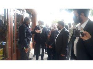 Milletvekili Taşkesinlioğlu Ban Tekman'da vatandaşları dinledi