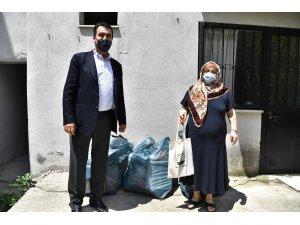 Mustafa Dündar'dan çevre dostlarına hediye