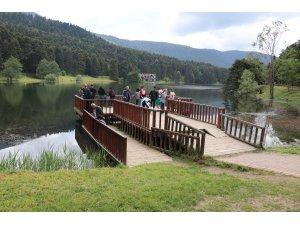 Gölcük Tabiat Parkı aylar sonra haftasonu tatilci ağırladı