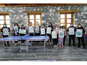 """Dünya Çevre Günü'nde dernek üyelerinden """"ekolojik piknik"""""""