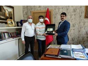 Pehlivan il il gezip Düzce'nin ürünlerini tanıtıyor