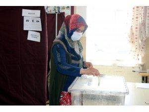 Nevşehir'de 4 köy sandık başına gitti