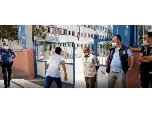 Kimliğini evde unutan öğrencinin imdadına polis yetişti
