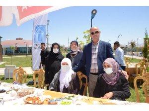 Tuşba Belediyesinden 'Dünya Kahvaltı Günü' etkinliği