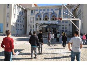 Simav'da LGS heyecanı sona erdi